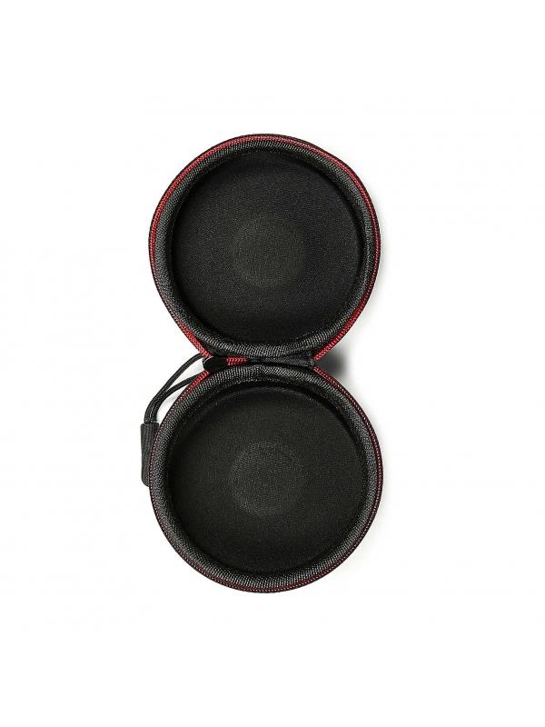 Czarne etui na słuchawki