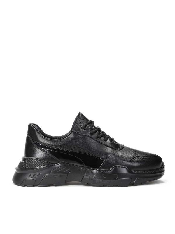Czarne sneakersy męskie MCCOY